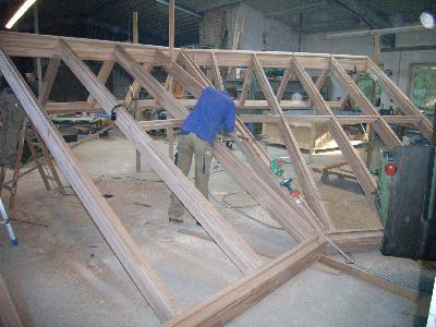 <h3> </h3>  Produktion der Dachelemente