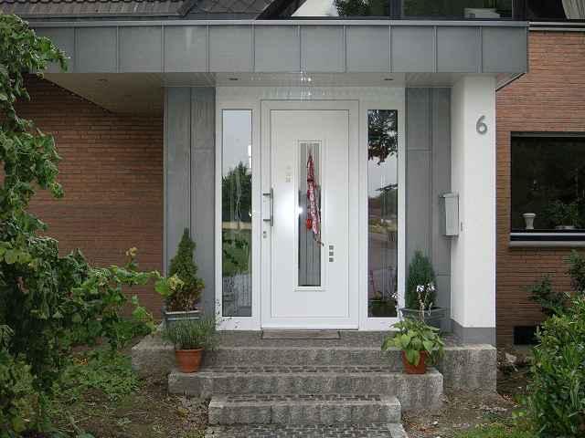 Haustür Eingang bautischlerei tischlerei und holzbau hüser