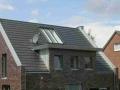 Beschattetes Lichtelement im Dachbereich