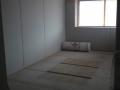 Einfamilienhaus in Holzrahmenbauweise/Schließen der Innenwände