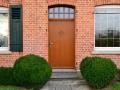 Eichenhaustür mit festem Oberlicht mit Wiener Sprossen