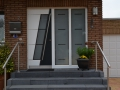 Meranti Haustür mit zwei festen Seitenelementen