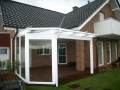 Holz/Aluminium Terrassendach mit feststehenden Unterelementen