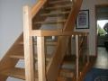 Buche-Massiv Treppe Stufen montiert auf Auflagebolzen, auswechselbar. Buchengeländer mit ESG-Scheiben