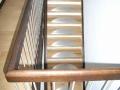 Altbau: Treppenrestaurierung, Eichenstufen mit Edelstahleinleger